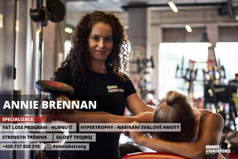 Annie Brennan hammer strnegth fitness trenér fat loss hypertrophy dieta training